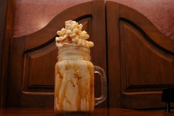 Milk-shake de pipoca, novidade do Durango Burger (Barbara Cabral/Esp. CB/D.A Press)