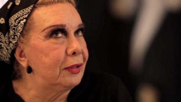 Rogéria é uma das retratadas pelas lentes de Leandra Leal em Divinas divas  (Reprodução/Internet)