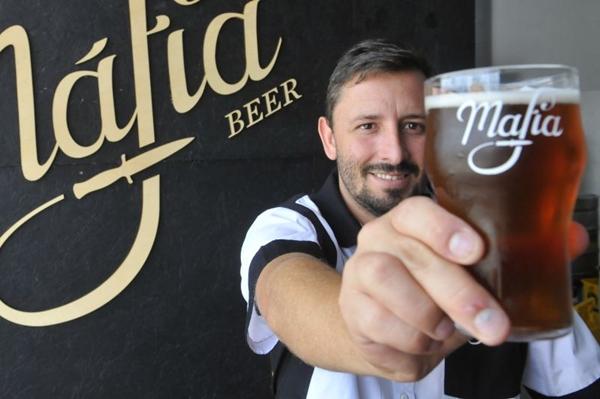 Marco Aurélio aposta em visita guiada pela Máfia Beer para atiçar a curiosidade dos cervejeiros (Minervino Junior/CB/D.A Press)