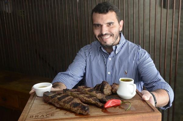 Sergio Oliveira ressalta que existem diversos bons cortes de carne além da picanha ( Ed Alves/CB/D.A Press)