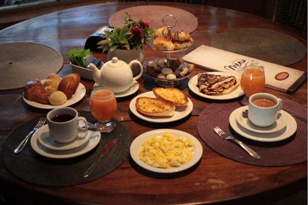 Na Belini Pães & Gastronomia, os chás podem compor um bom lanche da tarde (Arthur Menescal/Esp. CB/D.A Press)