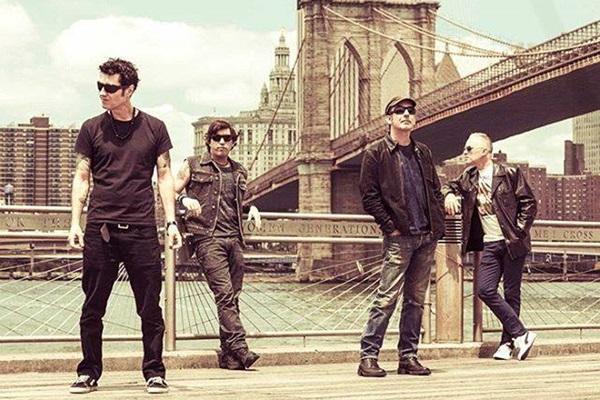 Em nova turnê nacional, a banda volta a capital do país  (Facebook/Reprodução )