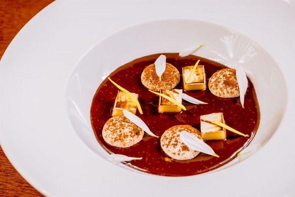Sobremesa com creme de dois chocolates e amaretto: sugestão de Wilian Mateus, do Limoncello (Felipe Menezes/Divulgação)