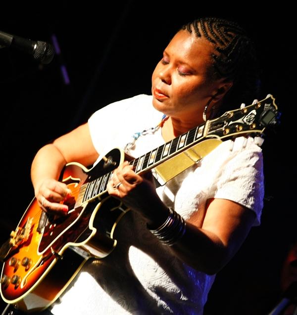 A musicista Marlene Souza lança novo DVD neste sábado (29/7) (Credito: Erivelton Viana/Divulgação)