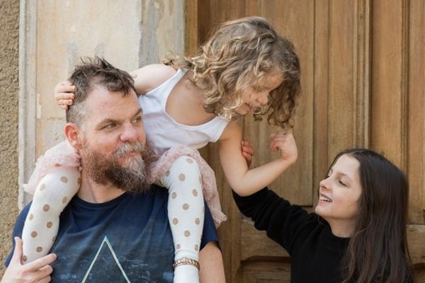 Marcos Piangers fará palestra sobre paternidade no sábado (Giselle Sauer/Divulgação)