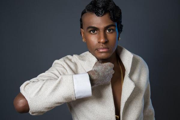 Após a turnê de 'Orgunga', Rico Dalasam apresentará no CoMA o novo trabalho, 'Balanga raba' (Henrique Grandi/Divulgação)