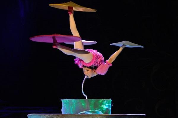 Há 25 anos nos palcos mundiais, o Circo Imperial da China vem a Brasília com espetáculo sobre unicórnios  (Objetiva Assessoria/Divulgação)