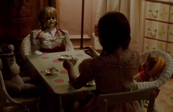 Nas mãos de crianças, os brinquedos de 'Annabelle 2' não têm nada de inocentes (Warner Bros./Divulgação)