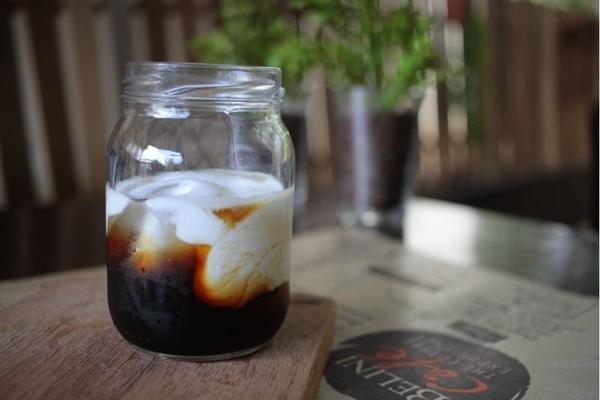 Cold brew vira drinque na Belini - The Coffee Experience, cafeteria comandada por Luiz Gustavo Costa Manso (Ana Rayssa/Esp. CB/D.A. Press.)