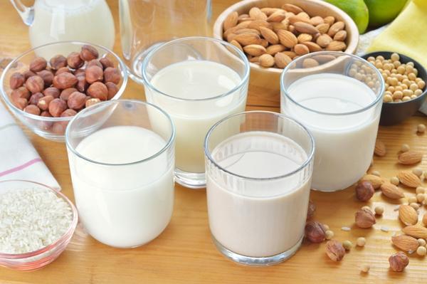Leites produzidos a partir de vegetais são ótimos substitutos para o leite de vaca (Reprodução/Internet )