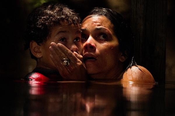 Filme 'O sequestro' conta a saga de uma mãe atrás do filho  (Reprodução/Internet)