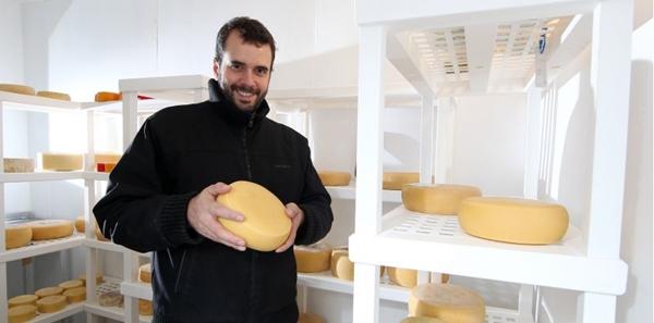 Bruno Cabral é mestre queijeiro e um dos organizadores do Prêmio Queijo Brasil (Felipe Rau/Divulgacao)