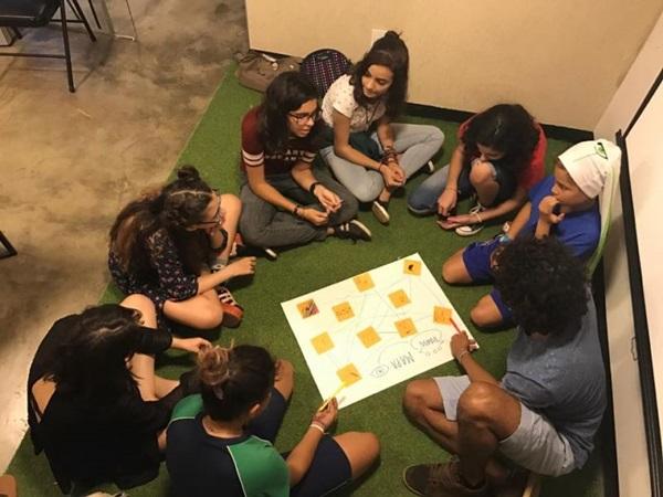 Desenvolvimento criativo para crianças e adolescentes à mesa é tema de curso na Numi (Reprodução/Facebook)