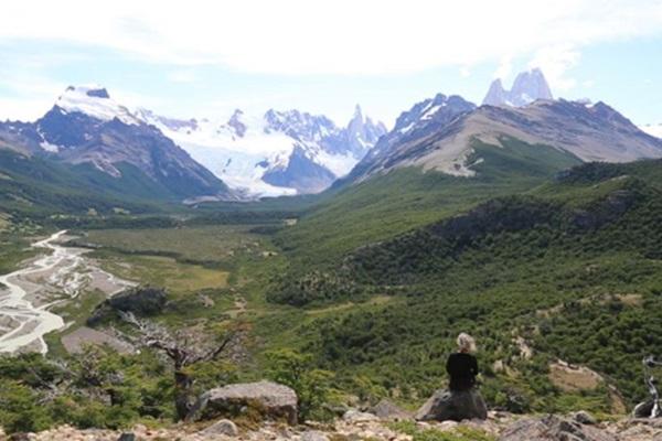 Para Karina Dias, paisagem é sinônimo de experiência (Reprodução/Divulgação)