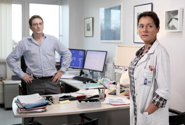 Irène Frachon quer mostrar que o poder da indústria farmacêutica pode ser nocivo aos pacientes (Reprodução/Internet)