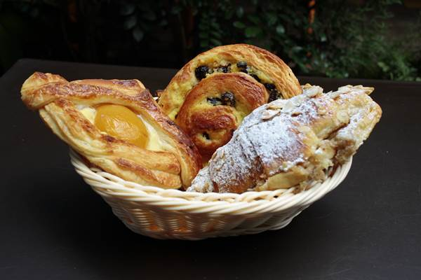 Os pães doces são numerosos na vitrine da La Boulangerie (Ana Rayssa/Esp. CB/D.A Press)