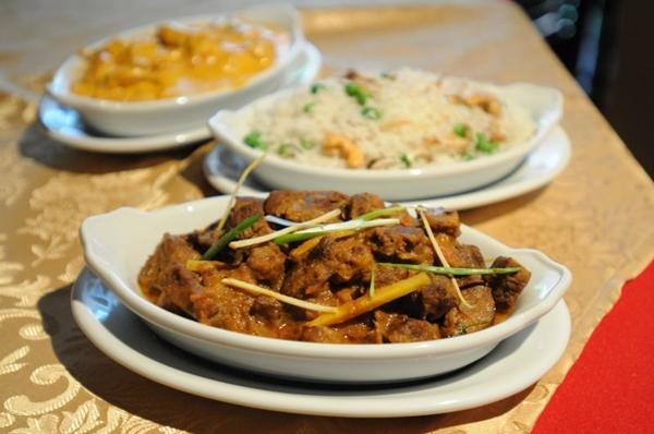 Em funcionamento há nove meses, o Taj Mahal atrai os clientes com a tradicional gastronomia indiana ( Barbara Cabral/Esp. CB/D.A Press)