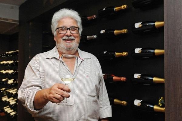 Vinhos e espumantes refrescantes casam perfeitamente com o horário de verão, o sommelier Sérgio Pires explica o porquê (Bárbara Cabral/Esp. CB/D.A Press)