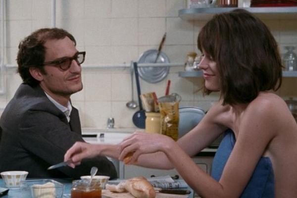 Do diretor Michel Hazanavicius, o longa-metragem estreia no mesmo mês em que a ex-mulher de Godard morreu (Imovision/Divulgacao)