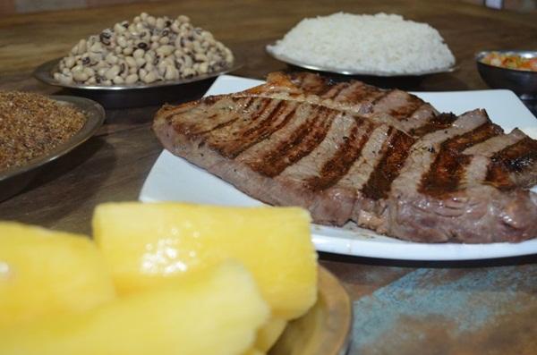 A carne de sol tradicional oferece porções para até quatro pessoas (Ana Carneiro/Esp. CB/D.A Press )