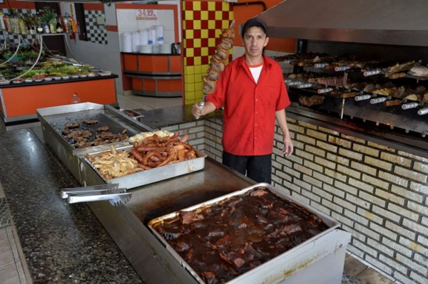 O churrasco é o carro-chefe do Antonio%u2019s restaurante (Marcelo Ferreira/CB/D.A Press)