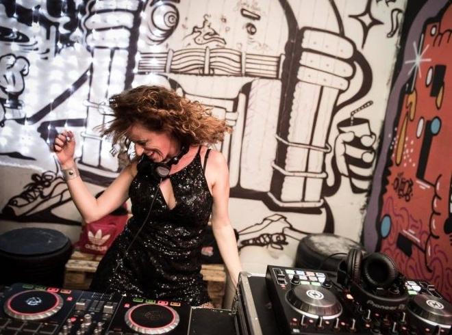 DJ Pequi animará o Bloco do Amor  (Divulgação/Lainha Loyola)
