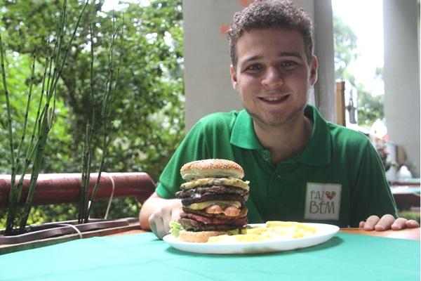 Thiago Vilela: quem disse que hambúrguer precisa ser de carne?  (Ana Rayssa/Esp. CB/D.A Press)