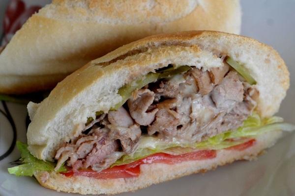 Tradicional em São Paulo, o sanduíche também pode ser encontrado em Brasília (Ana Rayssa/Esp. CB/D.A Press)