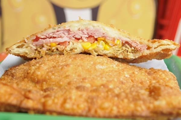 O Samambaião é um dos mais pedidos da pastelaria Zé do Pastel (Barbara Cabral/Esp. CB/D.A Press)