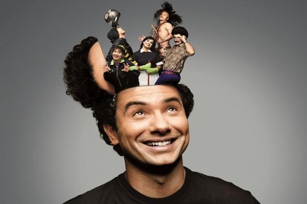 Marco Luque se apresenta na capital e mistura diferentes linguagens do humor (Gustavo Arrais/Divulgacao)