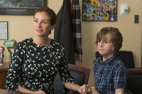 Família enfrenta o preconceito para que o menino August seja feliz (Lionsgate/Divulgação)