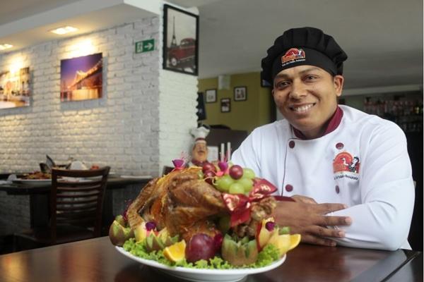 O restaurante Quitinete recebe encomendas para o Natal (Ana Rayssa/Esp. CB/D.A Press)