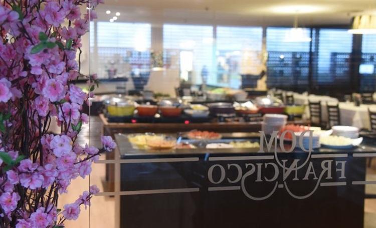 No Dom Francisco o cliente escolhe uma entrada, um prato principal e uma sobremesa (Ed Alves/CB/D.A Press)