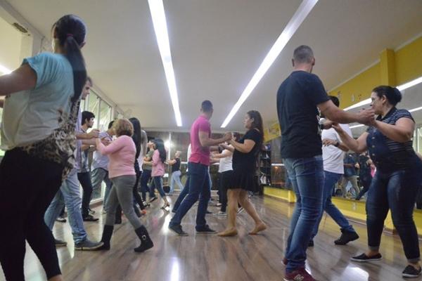 Atualmente os ritmos latinos e o sertanejo estão em alta nas academias de dança  (Arquivo Pessoal/Divulgação)