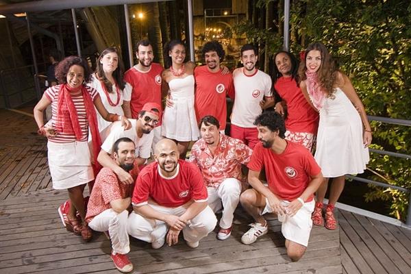 O bloco carioca 'Empolga às 9' se apresenta no Estádio Nacional Mané Garrincha (Alex Carvalho)