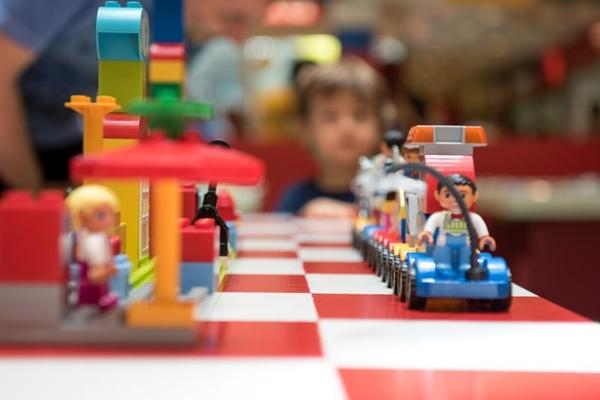 As atividades buscam a interação entre as crianças (Lainha Loiola/Divulgação)