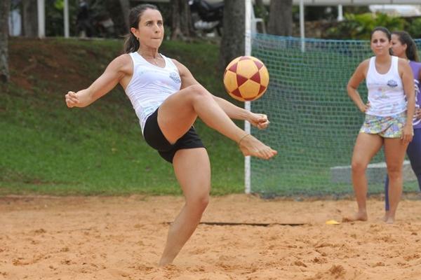 Gabriela Pontual treina Futevolei no Clube Cota Mil (Minervino Junior/CB/D.A Press )