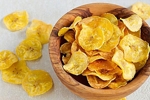 Chips de banana são uma boa alternativa para sobremesa (Hortifruti/Divulgação)