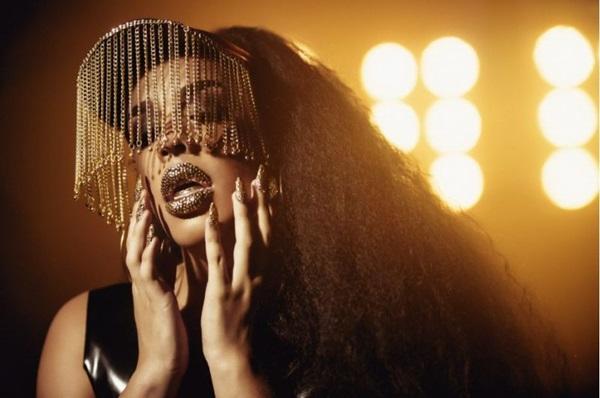 Também chamada de drag rapper, Gloria Groove mescla pop, funk e rap no repertório (Rodolfo Magalhães/Divulgação)