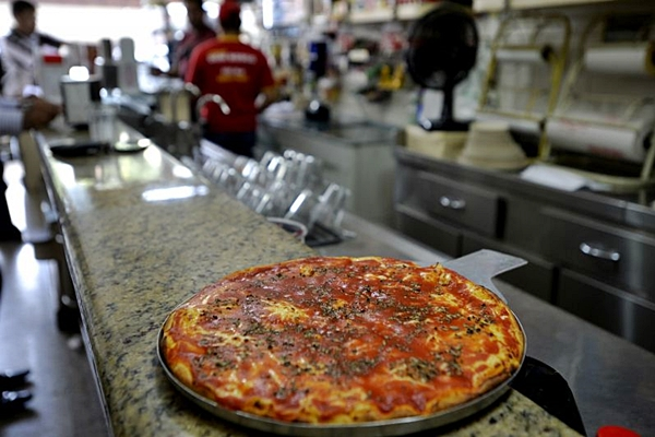 A pizza da Dom Bosco já é queridinha entre os moradores de Brasília (Marcelo Ferreira/CB/D.A Press)