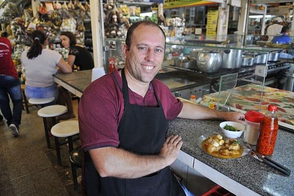 O mocotó é o prato de maior sucesso na Barraca do Assis na Feira da Ceilândia (Minervino Junior/CB/D.A Press)
