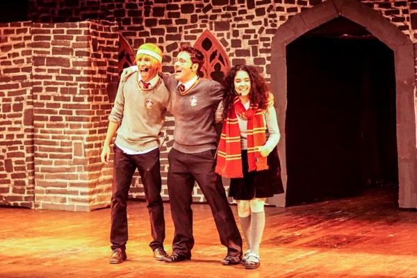 A paródia 'Um reles Potte'r é um espetáculo de baixo custo feito por brasilienses (Simone Mariano/Divulgação)