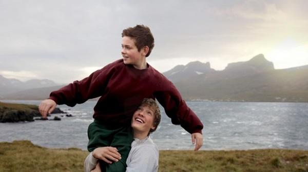 Thor e Christian amadurecem às vistas do público de 'Heartstone' (Reprodução/CB/D.A Press)