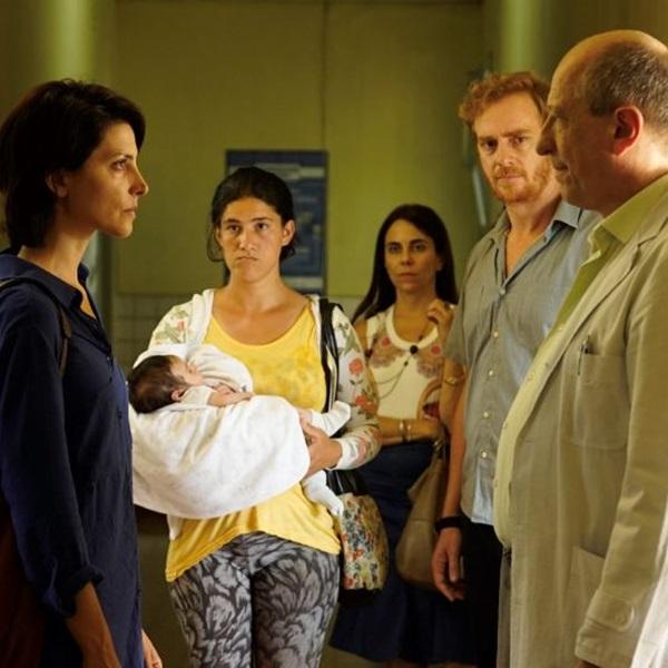 O hospital é palco para trama que vai de adoção ilegal ao conceito de família (Reprodução/Internet)