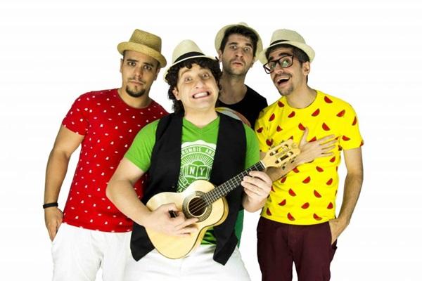 Esquetes do grupo Pagode da Ofensa saíram da internet para os palcos  (Giral Produções/Divulgação)