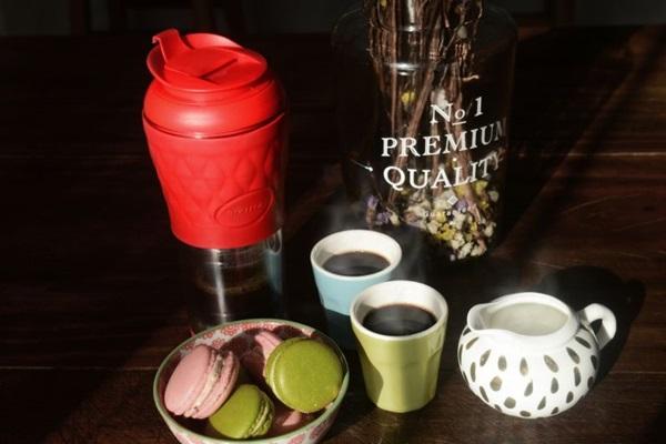 O Rapport Café oferece chás produzidos na Alemanha e no Paraná ( Arquivo Pessoal. Rapport Café - Pressca )