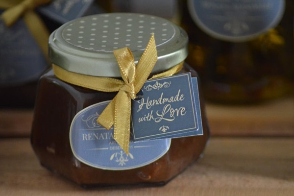 Renata Mandelli produz geleias com ingredientes plantados em sua casa (Ana Carneiro/Esp. CB/D.A Press)