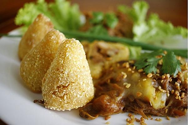 A carne de jaca substitui a carne animal na refeição vegana  (Ana Rayssa/Esp. CB/D.A Press)