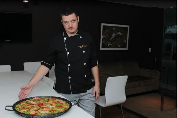 A paella é feita para a partir de duas pessoas, para encomendas maiores é preciso ter antecedência  (Ana Carneiro/Esp. CB/D.A Press)