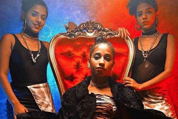 MC Loma e as Gêmeas da Lacração são donas do hit do carnaval de 2018 (Reproducao)